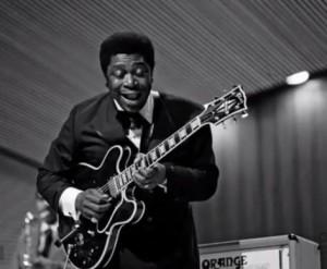 B.B King et sa guitare